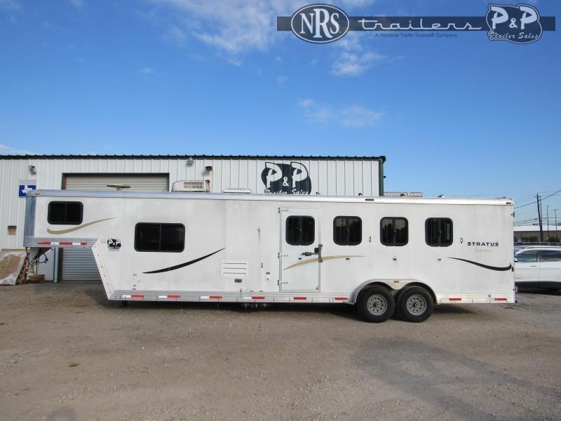 2010 Bison Trailers 8410 4 Horse Slant Load Trailer 10 FT LQ