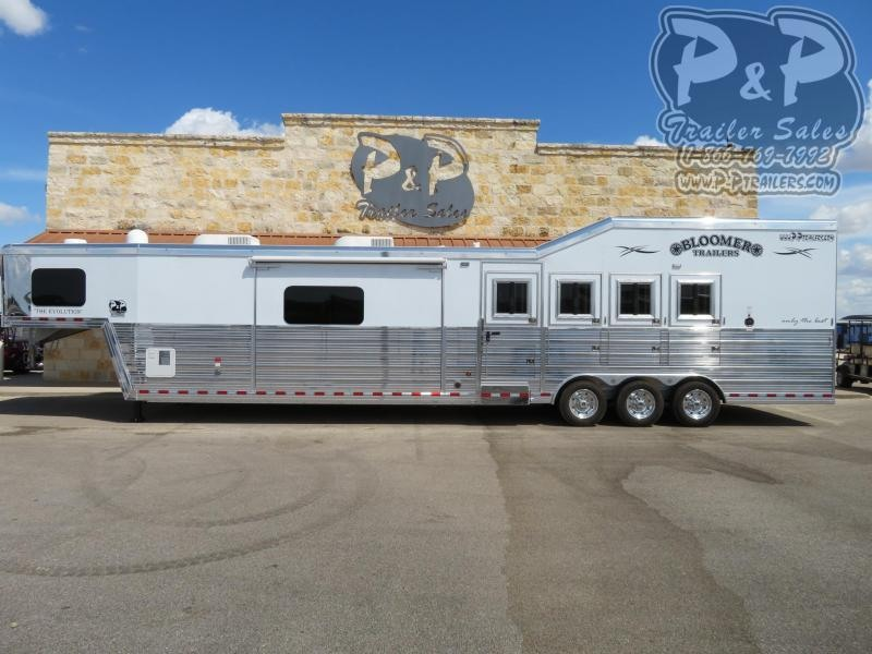 2021 Bloomer PC Load w/ Outlaw Conversion 4 Horse Slant Load Trailer 17 FT LQ With Slides w/ Ramps