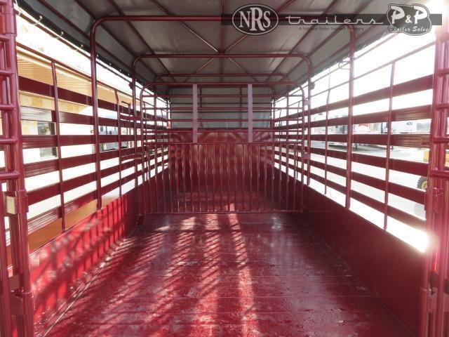 2021 W-W Trailer Roustabout 16x6.8 16 ' Livestock Trailer