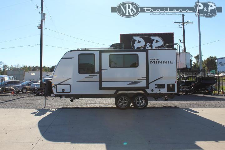 2022 Winnebago Micro Minnie 2108DS 22 ' Travel Trailer RV