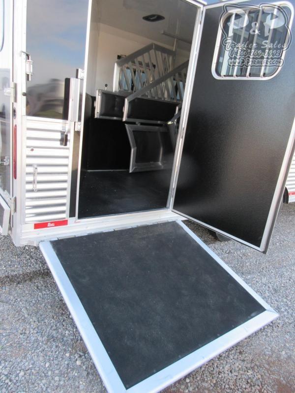 2020 Bison Trailers Premiere 4 Horse Slant Load Trailer 17 FT LQ With Slides w/ Ramps