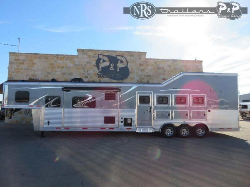 2021 Lakota Bighorn BH8416TSRBRSL 4 Horse Slant Load Trailer 16 FT LQ w/ Slideouts