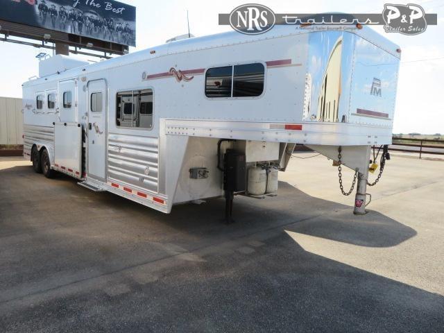 """2008 Platinum Coach 8311 3 Horse Slant Load Trailer 10' 6"""" FT LQ w/ Ramps"""