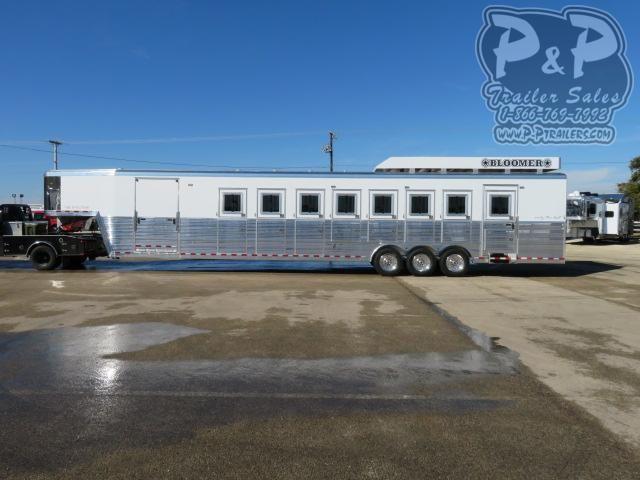 2021 Bloomer 88TRN 8 Horse Reverse Slant Load Trailer w/ Ramps