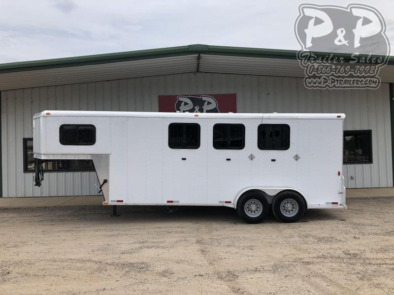 2015 Trailers USA Inc. 3H 6904 3 Horse Slant Load Trailer LQ