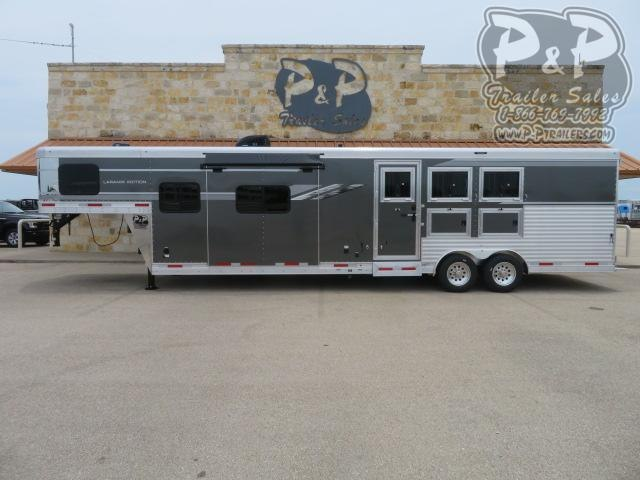 2021 SMC Horse Trailers SL8313SSR 3 Horse Slant Load Trailer 13 FT LQ With Slides w/ Ramps