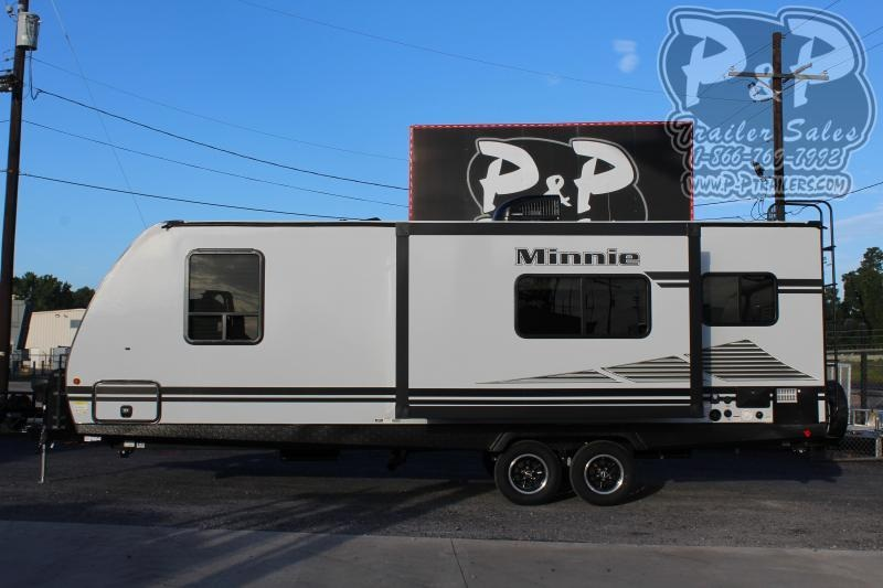 2021 Winnebago Minnie 2401RG Travel Trailer RV