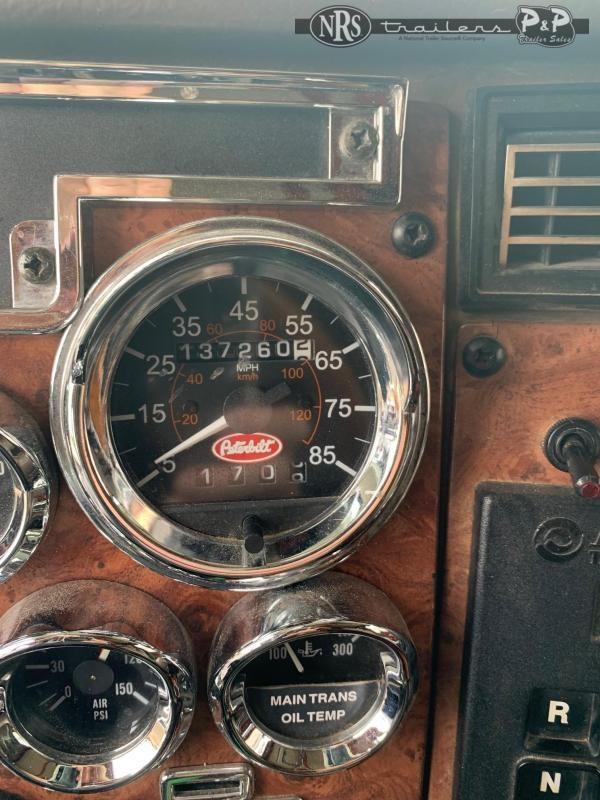 2006 Peterbilt 335 Schwalbe Edition Heavy Truck