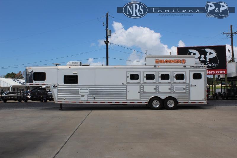 2001 Bloomer 8414 4 Horse Slant Load Trailer 14 FT LQ w/ Ramps