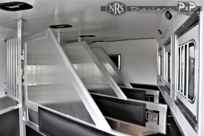 2022 Lakota Charger C8413SR 4 Horse Slant Load Trailer 13 FT LQ With Slides