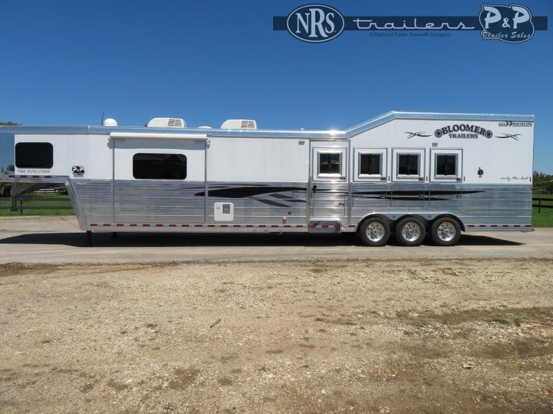 2018 Bloomer 8417PCTB Trail Boss Conversion 4 Horse Trailer 17 w/ Slideouts Slant