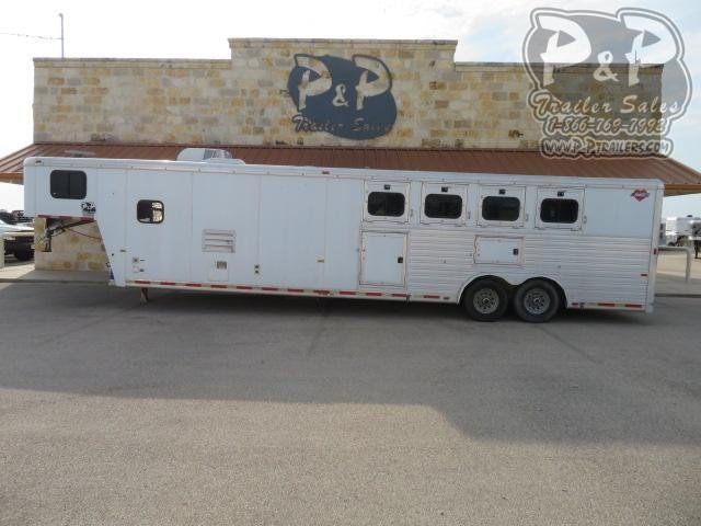 2001 Hart Trailers 8414 4 Horse Slant Load Trailer 14 FT LQ