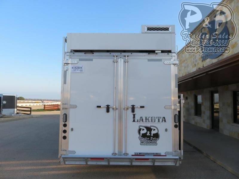 2020 Lakota Charger C8413SRRSL 4 Horse Slant Load Trailer 13 FT LQ With Slides w/ Ramps