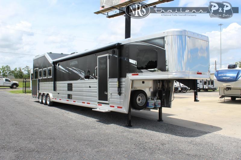 2022 Lakota Bighorn BH8418TCERSL 4 Horse Slant Load Trailer 18 FT LQ With Slides w/ Ramps
