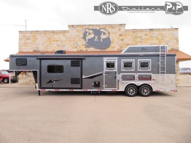 2022 Bison Trailers Ricochet RC8313G.S 3 Horse Slant Load Trailer 13 FT LQ With Slides