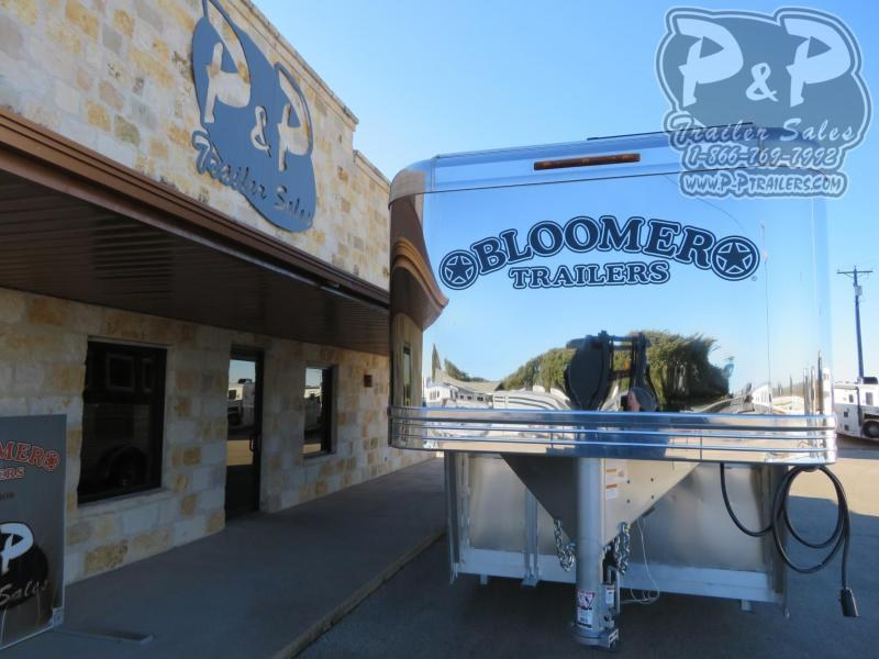 2021 Bloomer 84TRN 4 Horse Super Tack Trainer 4 Horse Slant Load Trailer