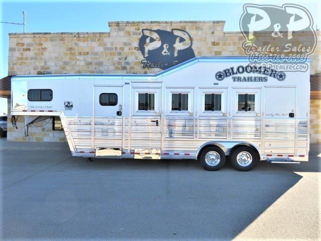 2021 Bloomer 84TRN 4 Horse Super Tack Trainer 4 Horse Slant Load Trailer w/ Ramps