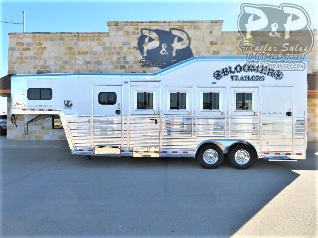 2021 Bloomer 84TRN 4 Horse Super Tack Trainer 4 Horse Slant Load Trailer w/ Ramps