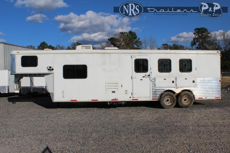 2012 Bison Trailers 8310TE 3 Horse Slant Load Trailer 10 FT LQ