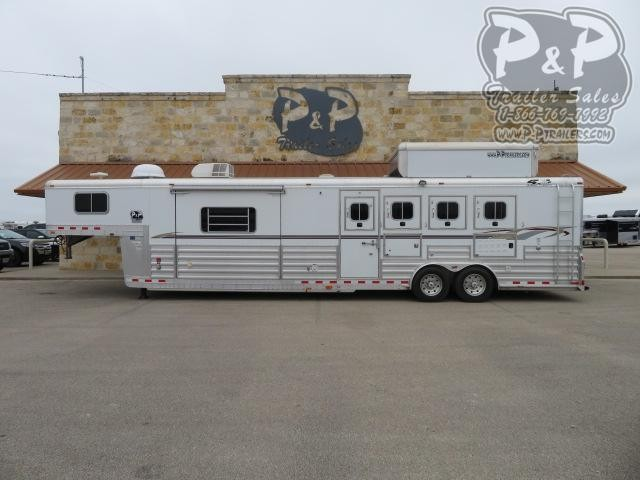 2007 4-Star Trailers 8414 4 Horse Slant Load Trailer 14 FT LQ With Slides