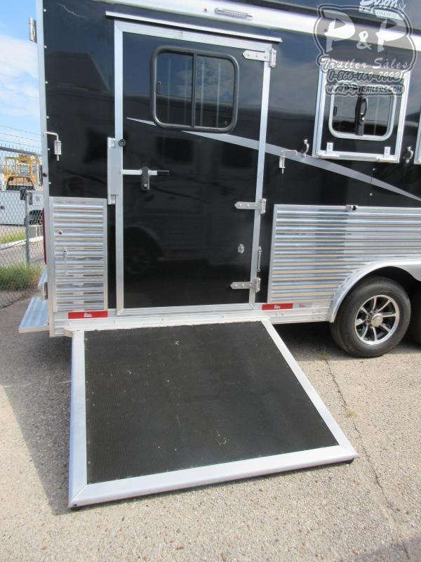 2021 Bison Trailers 8416LDSSRSL 4 Horse Slant Load Trailer 16 FT LQ With Slides