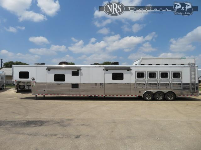 2017 Sundowner Trailers Circuit Series 4 Horse Slant Load Trailer 27 FT LQ w/ Slideouts