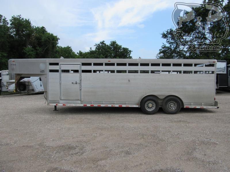 2000 Sooner 7 x 24 GN Livestock Trailer