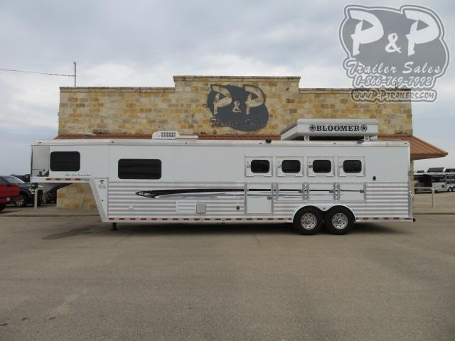 2006 Bloomer 8413 4 Horse Slant Load Trailer 13 FT LQ