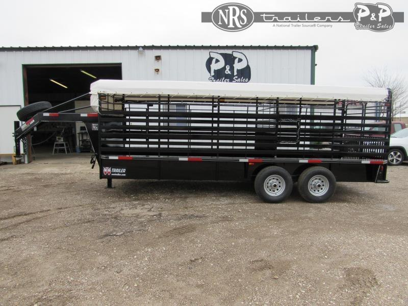 2021 W-W Trailer Roustabout 20x6.8 20 ' Livestock Trailer
