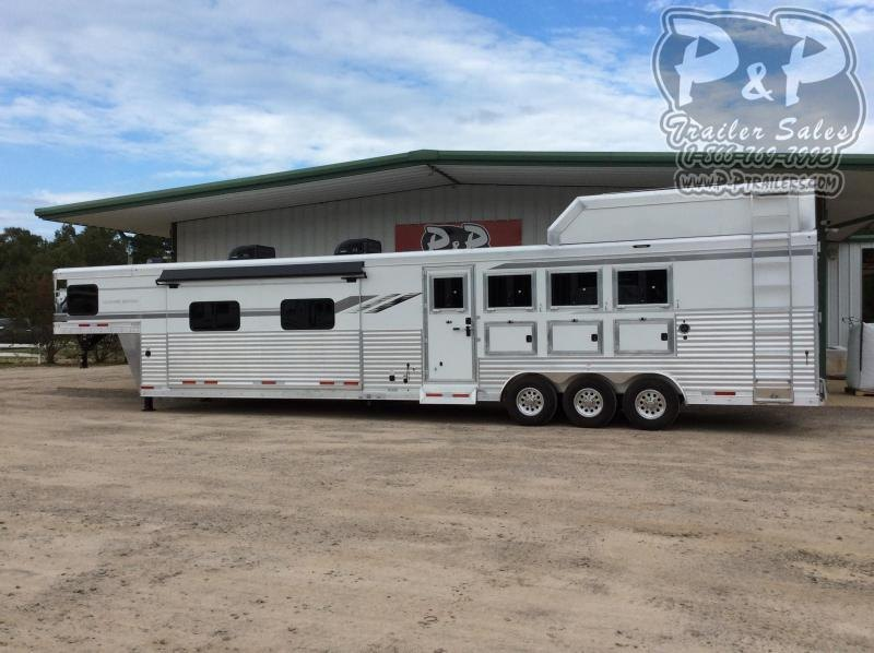 2021 SMC Horse Trailers Laramie SL8418SCEBT 4 Horse Slant Load Trailer 18 FT LQ With Slides w/ Ramps