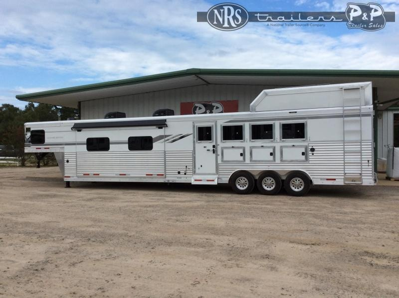 2021 SMC Horse Trailers Laramie SL8418SCEBT 4 Horse Slant Load Trailer 18 FT LQ w/ Slideouts