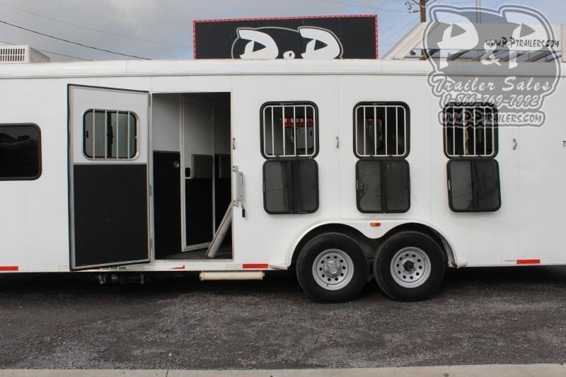 2011 Bison Trailers 7408TH 4 Horse Slant Load Trailer 0 FT LQ