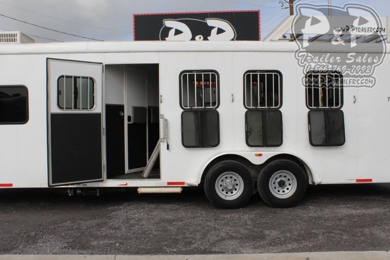 2011 Bison Trailers 7408TH 4 Horse Slant Load Trailer 0 FT LQ