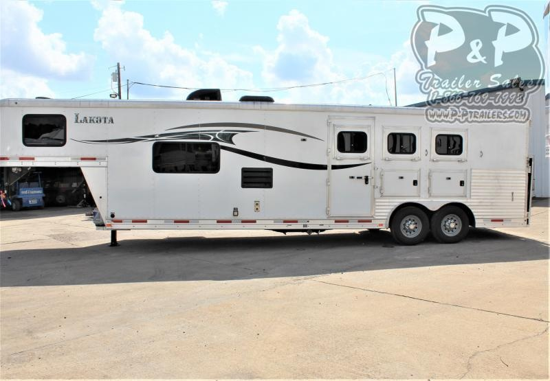 2014 Lakota C8313 3 Horse Slant Load Trailer 13 FT LQ