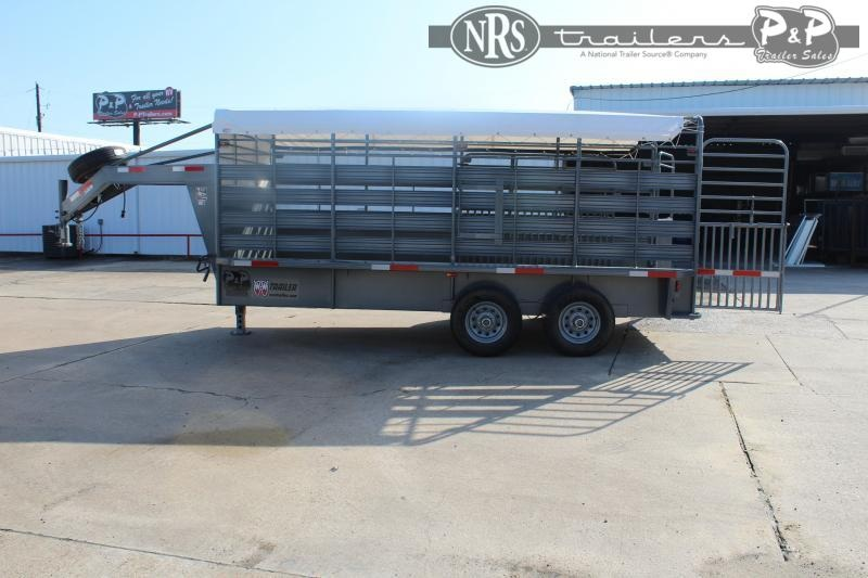 2021 W-W Trailer Roustabout 16x68 Livestock Trailer