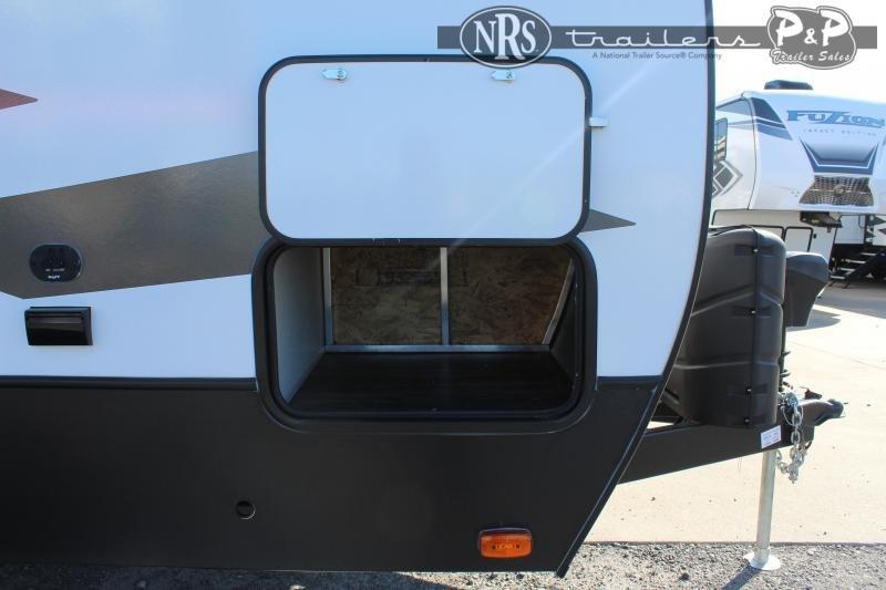 2021 Keystone RV Impact 29V 33 ' Toy Hauler RV