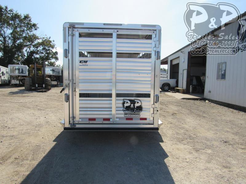 2021 CM CMS2040-2070270 20 ' Livestock Trailer