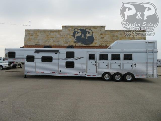 2020 SMC Horse Trailers with Bunk Beds 4 Horse Slant Load Trailer 18 FT LQ With Slides