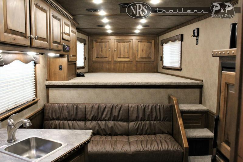 2020 Cimarron Trailers Norstar 8311OBSR 3 Horse Slant Load Trailer 10.75 FT LQ