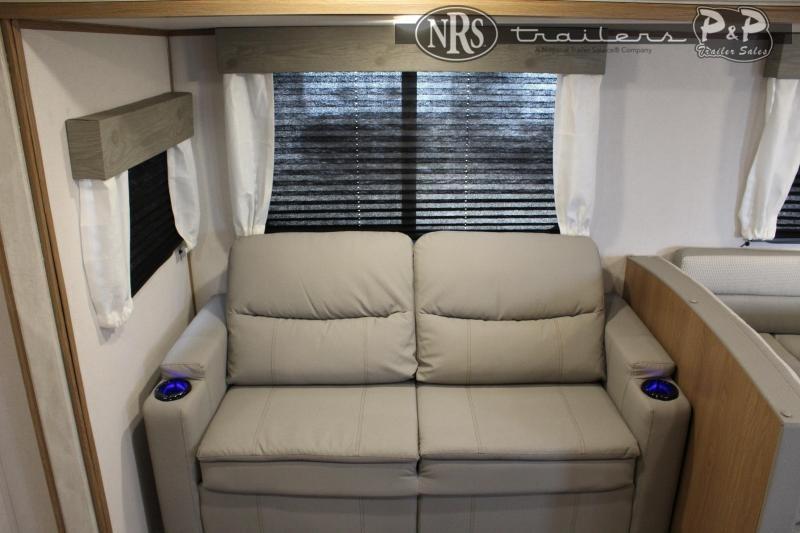 2022 Prime Trailer Manufacturing Avenger 27RBS 33 ' Travel Trailer RV