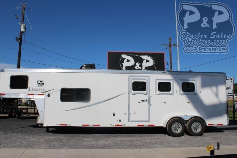 2020 Lakota Colt AC311 3 Horse Slant Load Trailer 11 FT LQ w/ Ramps
