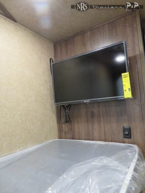 2022 Lakota Charger C8415BBRSL w/ Bunks 4 Horse Slant Load Trailer 15 FT LQ With Slides w/ Ramps