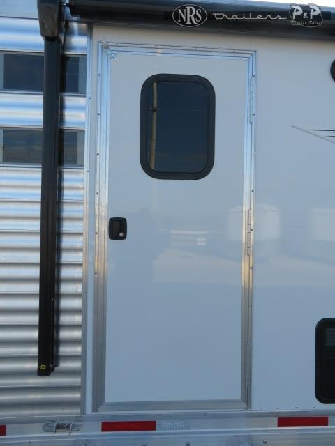 2021 SMC Horse Trailers Laramie SLE81613SSRT Livestock Trailer LQ