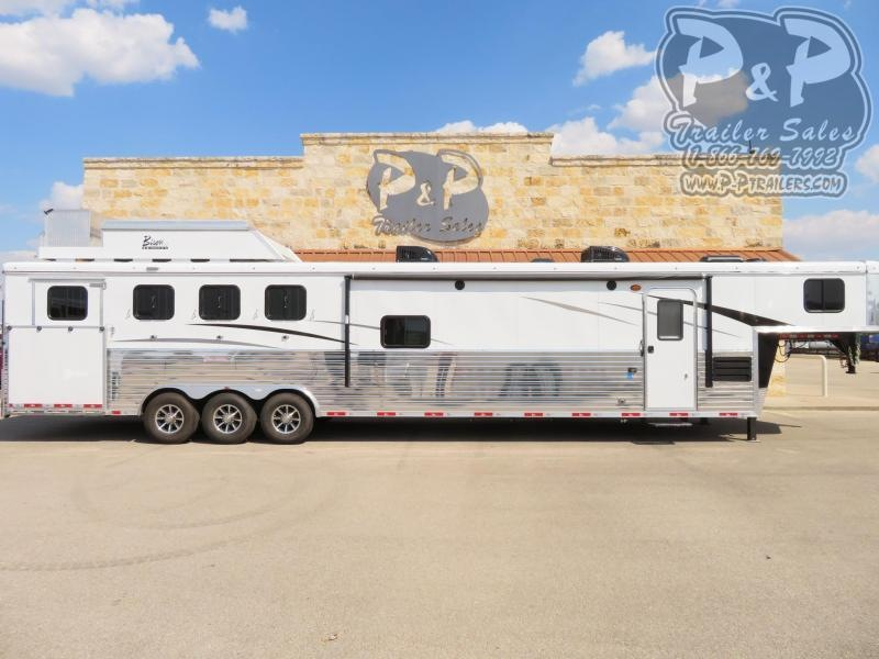 2020 Bison Trailers Ranger 8417RGLBHRSL 4 Horse Slant Load Trailer 17 FT LQ With Slides w/ Ramps