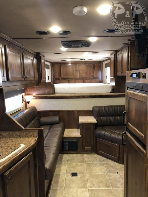 2019 Platinum Coach  8413OLPL
