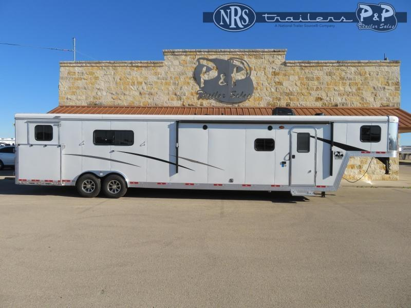 2020 Bison Trailers 8413TBRSL 4 Horse Slant Load Trailer 13 FT LQ w/ Slideouts