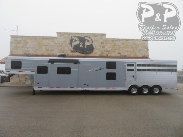 2021 SMC Horse Trailers SLE81413SSR 13' SW Livestock Trailer LQ