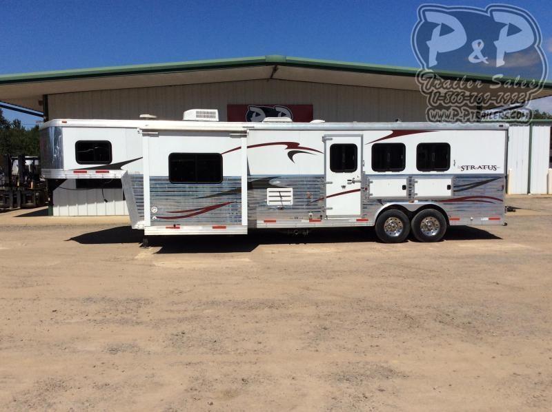 2012 Bison Trailers STRATUS 8314 3 Horse Slant Load Trailer 14' LQ