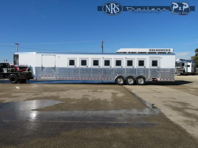 2021 Bloomer 88TRN 8 Horse Reverse Slant Load Trailer
