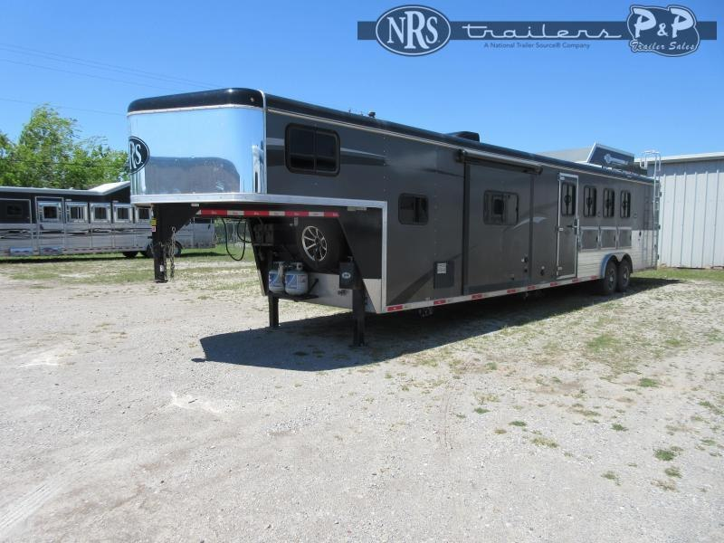 2018 Bison Trailers Ranger 8414RGSL 4 Horse Slant Load Trailer 14 FT LQ With Slides w/ Ramps